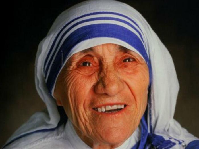 Frases de amor de Madre Teresa de Calcutá (Crédito: Divulgação )