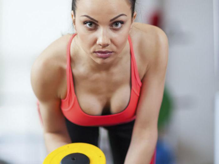 Muitas mulheres usam oxandrolona para definir o corpo (Crédito: Divulgação )