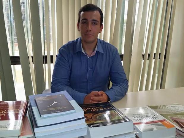 Marcos Alberto coleciona posses em concursos públicos (Crédito: Arquivo Pessoal )