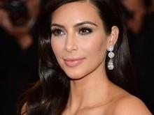 Por dia,Kim Kardashian fatura mais de R$2 milhões nas redes sociais