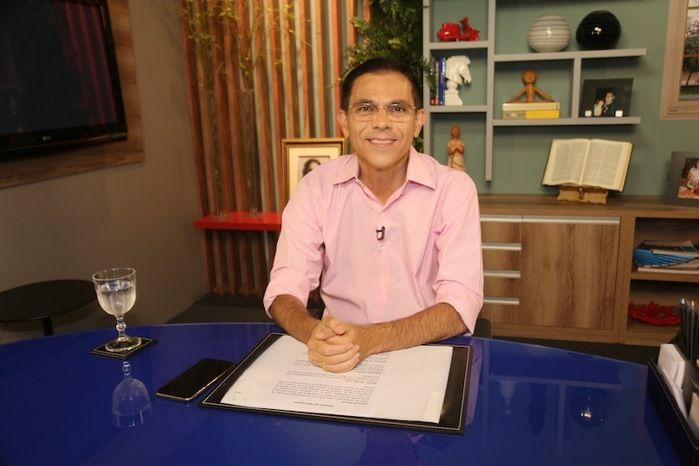 Amadeu Campos conversa com eleitores, ao vivo, no Facebook (Crédito: Reprodução)