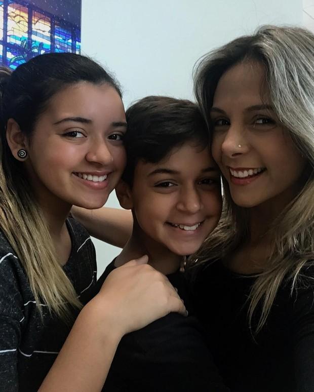 Carla Perez e os filhos  (Crédito: Reprodução/ Instagram )