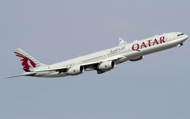 ebê foi encontrado pela equipe de limpeza da Qatar Airways
