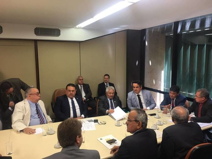 Bancada piauiense esteve reunida na manhã de hoje (11)