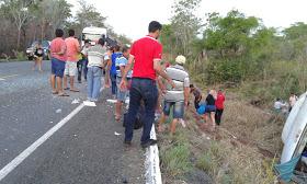 Acidente com ônibus de turismo deixa 40 feridos