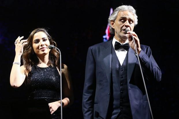 Após polêmica, Anitta canta com Andrea Bocelli em São Paulo (Crédito: Manuela Scarpa/Brazil News)