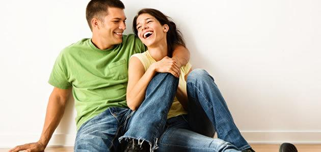 5 coisas que um só um casal feliz faz