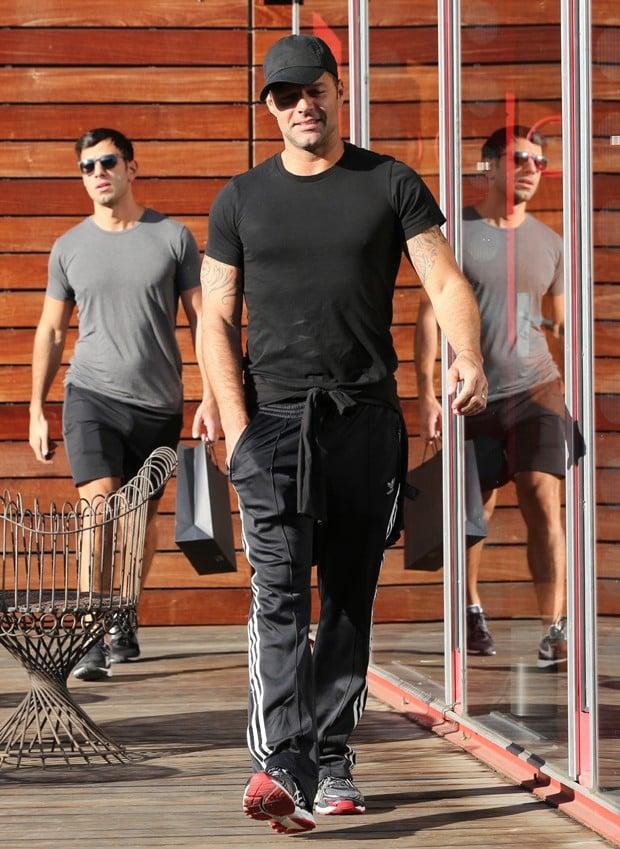 Ricky Martin e  Jwan Yosef (Crédito: : Akm GSI / AKM Gsi Brasil)