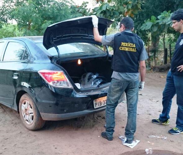 Veículo onde Yamsmim foi encontrada sem vida (Crédito: Divulgação)