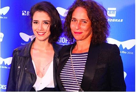 Marjorie Estiano ignora impressa e Andrea Beltrão repreende a atriz