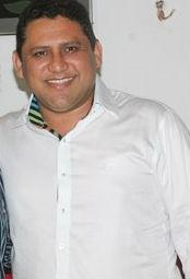 Dr. Gilson Carlos