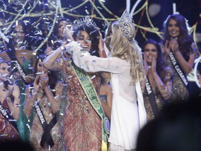 Raissa Santana é eleita Missa Brasil 2016