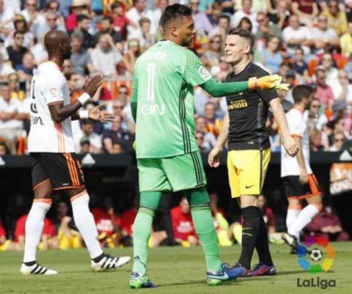 Maior pegador de pênalti da Espanha, Diego Alves chegou a 19 cobranças defendidas  (Crédito: Reprodução)
