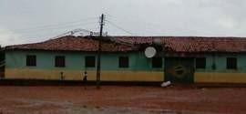 Torre de Rádio cai sobre Centro Social em Redenção do Gurguéia