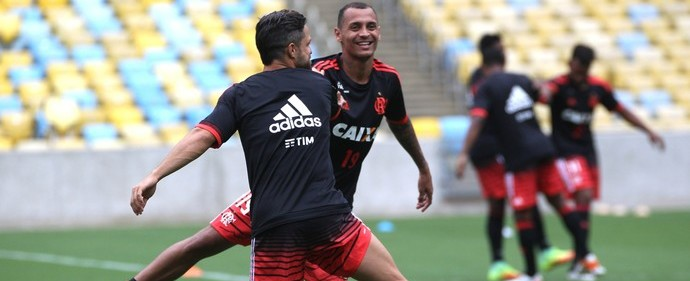 Flamengo treina no Maracanã na véspera de jogo contra Corinthians