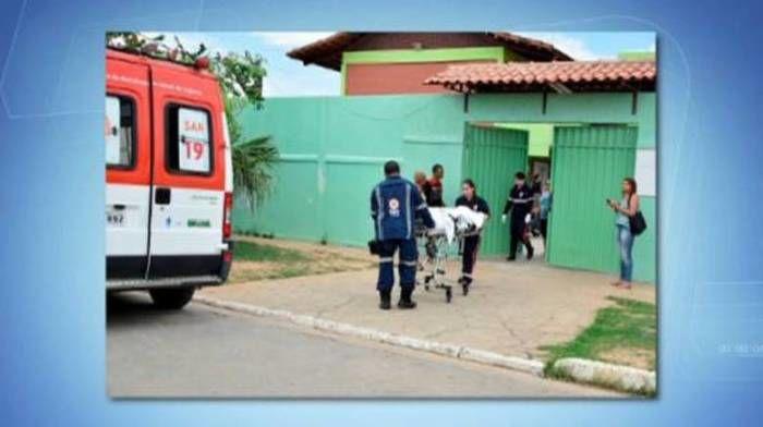 Adolescente de 16 anos esfaqueia aluno de 12 dentro de escola