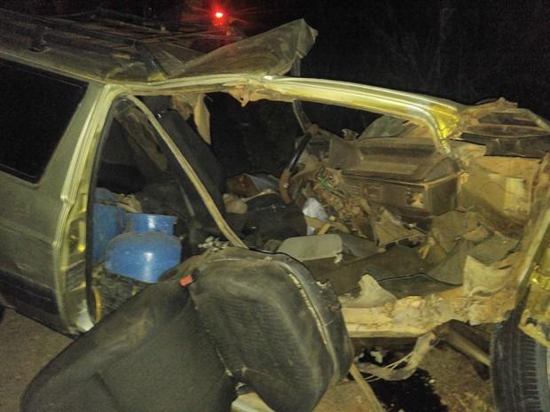 Homem morreu após colidir carro com caminhão quando ia ao encontro do filho em hospital de Jacobina (Crédito: Reprodução)