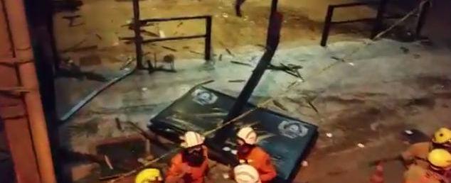 Motorista perde controle de carro, invade bar e mata garçom