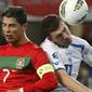 Cabeçadas no futebol provocam perda de memória, diz estudo