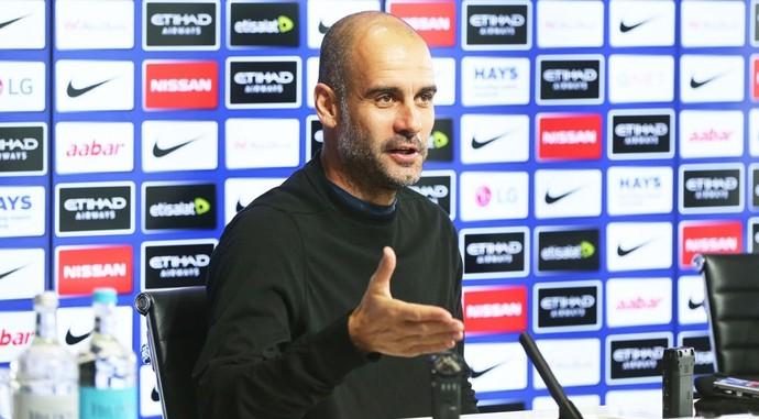 Pep Guardiola vai poupar jogadores contra o Manchester United pela Copa da Liga (Crédito: Reprodução)