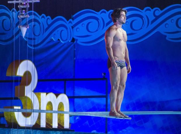 Mariano se preparando para saltar no quadro 'Saltimbum'  (Crédito: Divulgação/ Globo )