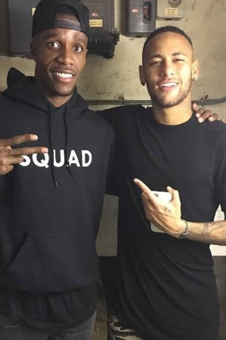 Wilfried Zaha e Neymar (Crédito: Reprodução)