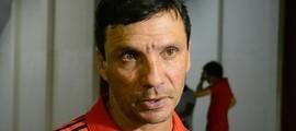 Técnico Zé Ricardo faz testes e indica Flamengo com 3 atacantes