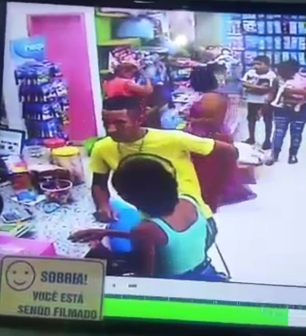 Casal faz arrastão em loja de Timon