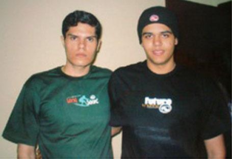 Os dois filhos de Maria José, mortos no Rio no ano de 2004