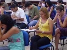 110 concursos reúnem 14,3 mil vagas com salários de até R$ 33,7 mil