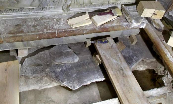 Descoberta tumba original em que Jesus teria sido enterrado (Crédito: GALI TIBBON / AFP)