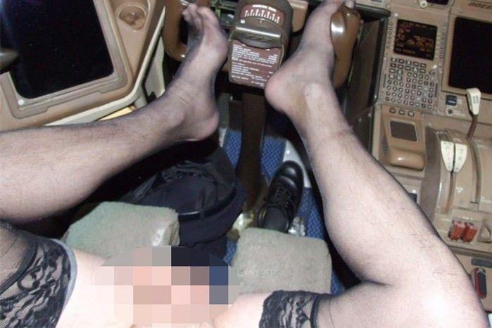 Homem se masturba em cabine de avião da British Airways  (Crédito: Reprodução)