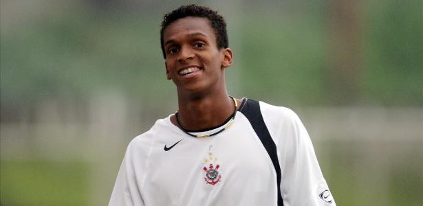 Jô na primeira passagem pelo Corinthians: centroavante volta ao clube (Crédito: Reprodução)