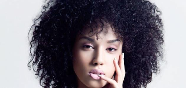 7 dicas para cuidar dos cabelos crespos