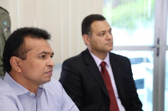 Secretário estadual da Segurança Pública, Fábio Abreu, o delegado-geral de Polícia Civil, Riedel Batista (Crédito: Divulgação)