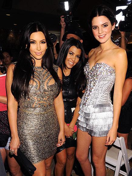 Kim e as irmãs