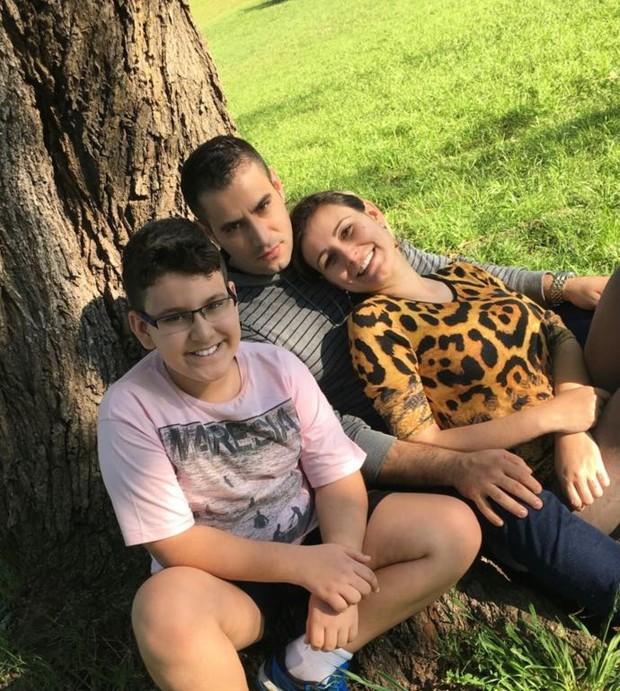 Andressa Urach, filho e Tiago Costa (Crédito: Reprodução/ Instagram)