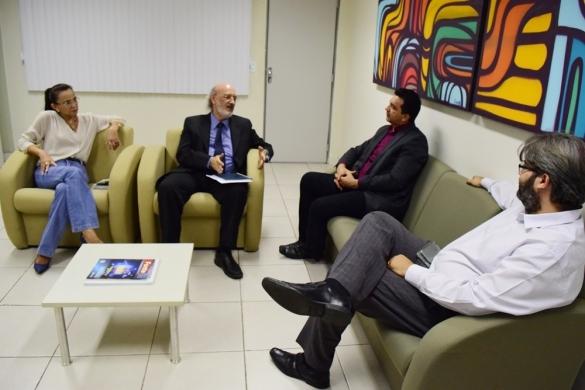 Representantes da ATI e do TJ tratam de parceria  (Crédito: Divulgação)
