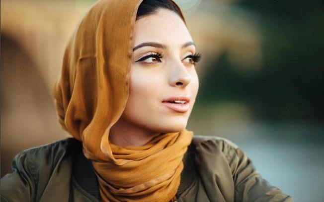 Noor Tagouri é muçulmana e vai posar para a revista Playboy (Crédito: Instagram)