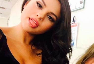 Selena fatura muito na rede social (Crédito: O Fuxico)