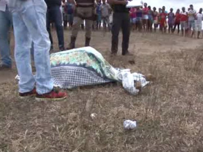 Mulher e namorado são mortos a pauladas em Feira de Santana