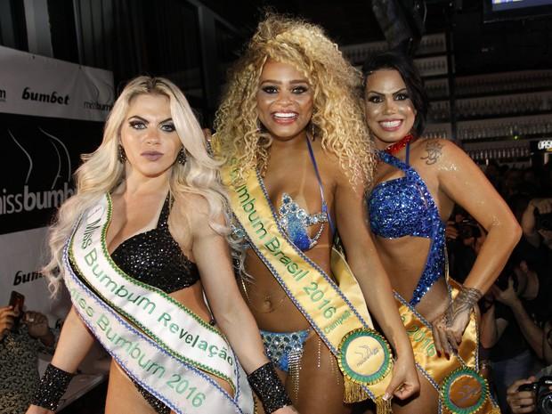 Dona Geralda e Erika Canela vence o Miss Bumbum 2016 em São Paulo (Crédito: Celso Tavares)