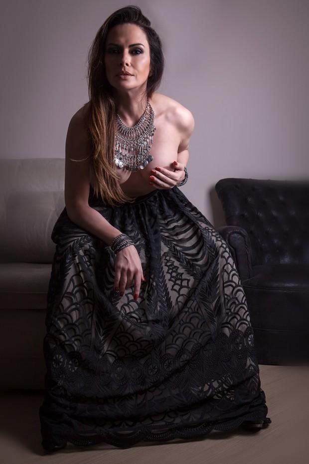 Núbia Óliver
