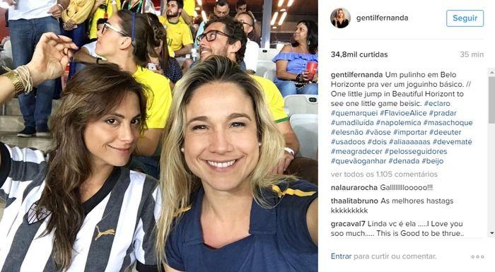 Fernanda Gentil com a namorada Priscila Montadon em jogo no Mineirão