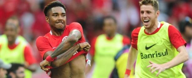 Flamengo cria força-tarefa e reúne forças para contratar Vitinho
