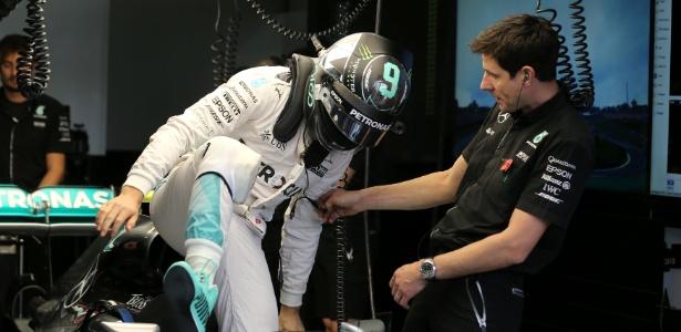 Rosberg bate Hamilton no último treino antes da classificação (Crédito: REUTERS/Paulo Whitake)