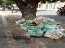 Sem coleta regular, lixo toma conta da cidade de Piripiri