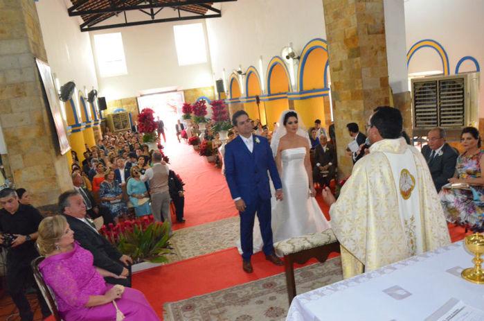 Casamento foi realizado na Praia do Coqueiro (Crédito: Magal)