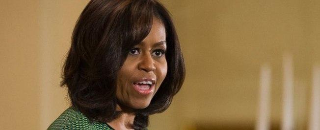Racismo ganha força e Michelle Obama é comparada a macaco