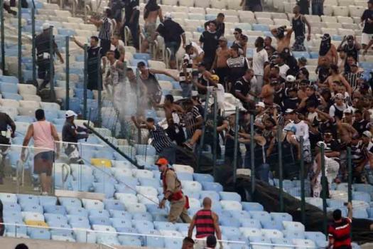 Briga no Maracanã (Crédito: Globo Esporte)
